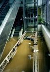Rolltreppen und Aufzug